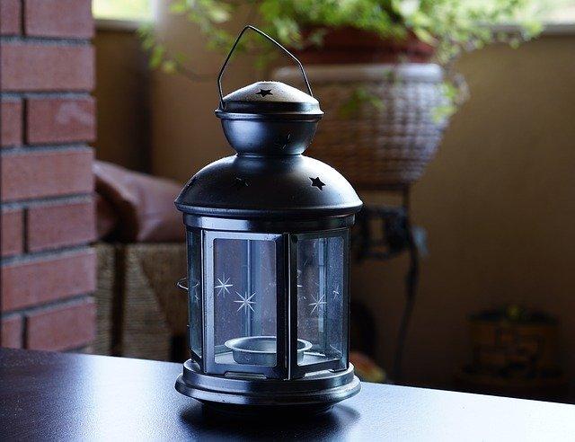 lampe extérieure, terrasse nord, aménagement extérieur, décoration extérieure, déco extérieure, déco